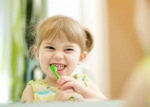 Come prevenire la carie nei bambini