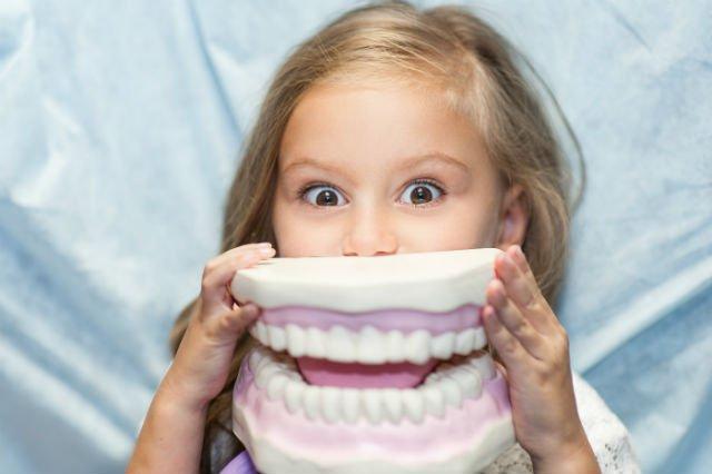 comuni problemi dei denti dei bambini