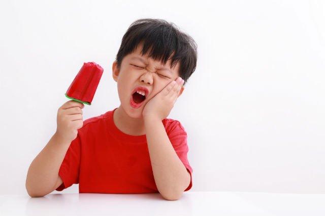 Dieta e problemi ai denti dei bambini