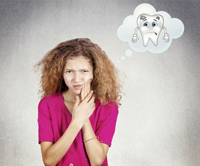 Problemi ai denti nei bambini e rimedi naturali