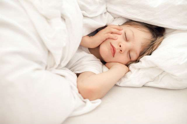 bambini e bruxismo - tuo figlio digrigna i denti
